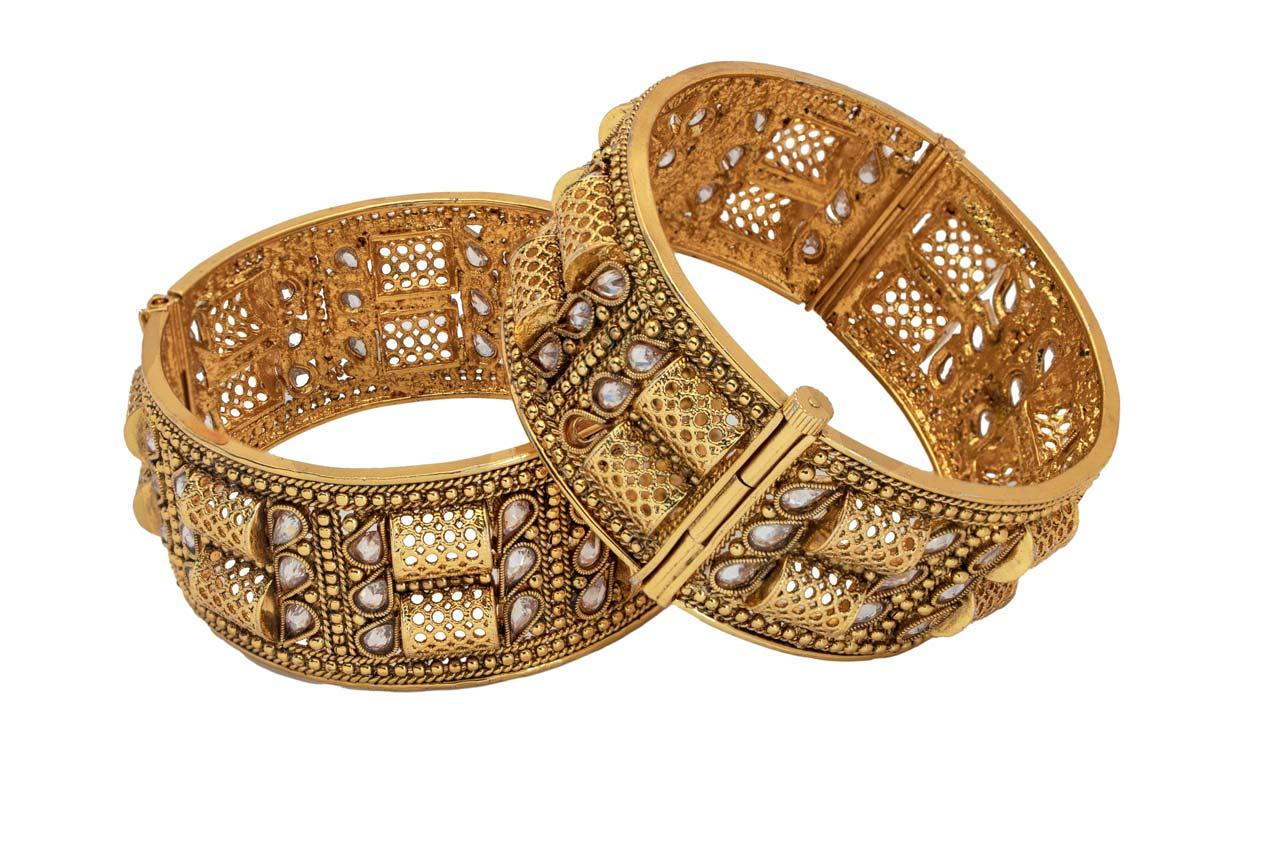 Kundan Net pattern bangles