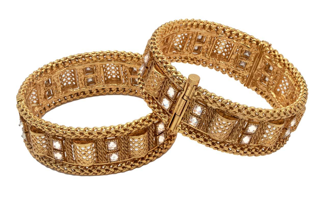 Net pattern bangles